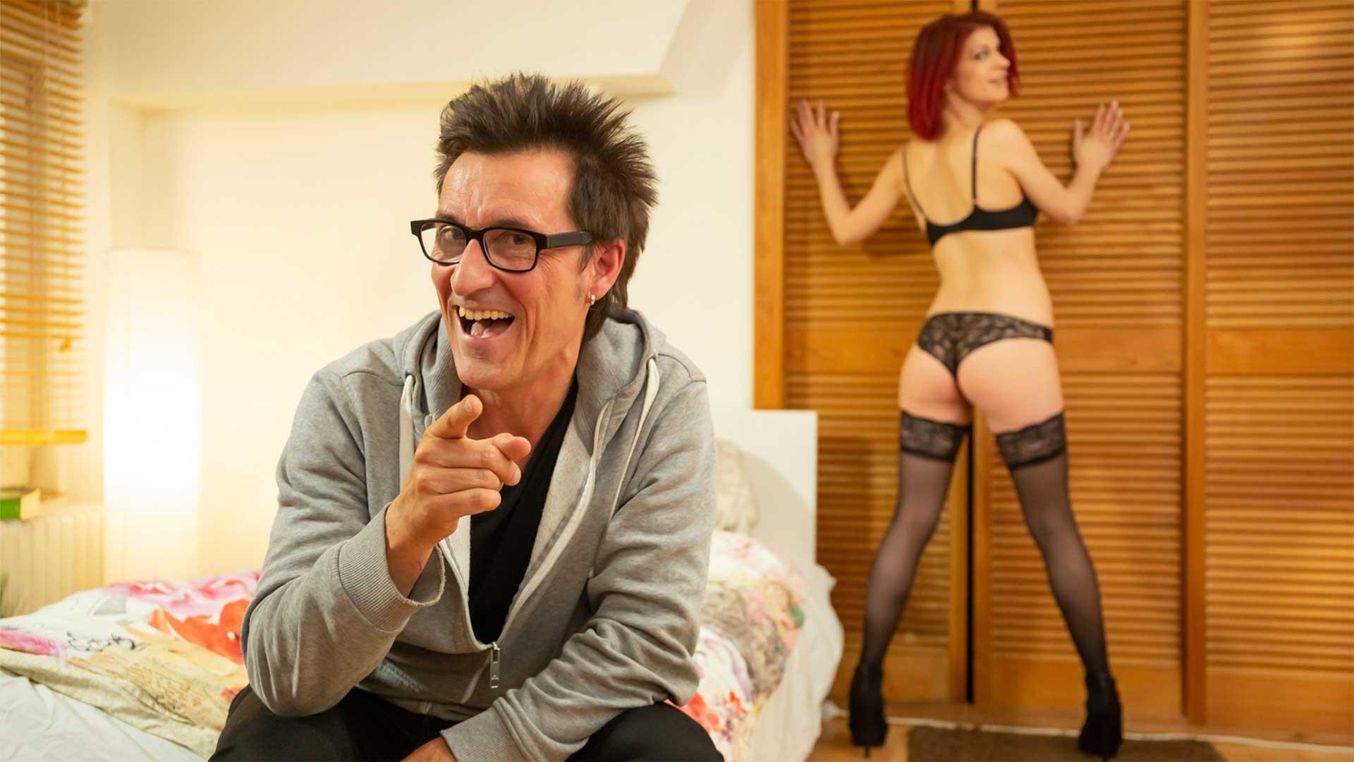 Lust Pur Conny der Hostelier Teil 1 • Beate-Uhse.TV