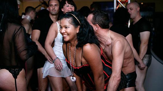 swingerclub le coq erotikgeschichte